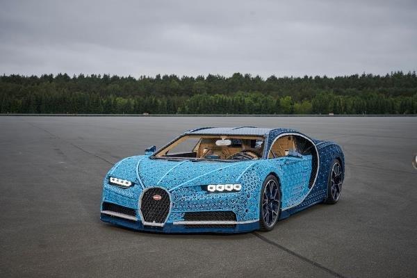 ساخت خودروی واقعی با یک میلیون قطعه لگوی اسباب بازی!