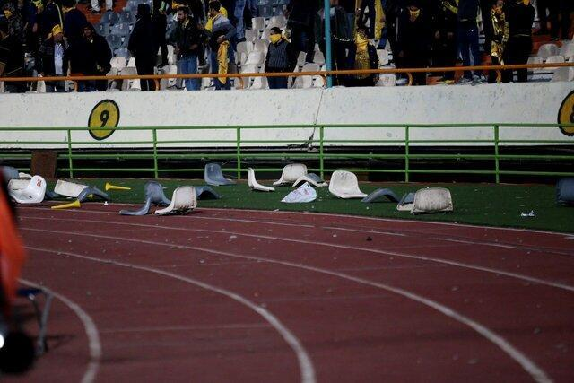 خانم ها، آقایان! این روی زشت فوتبال ایران است