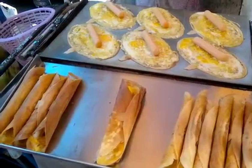 تماشا کنید؛ پخت خانم توکیو در خیابان های تایلند