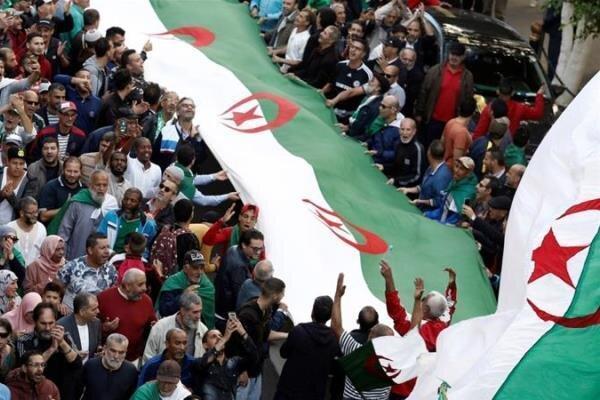 تظاهرات الجزایری ها در اعتراض به مداخلات مجلس اروپا