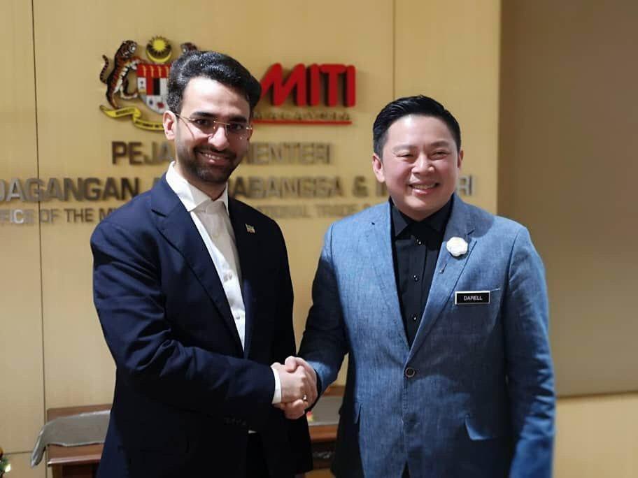 دیدار وزیر ارتباطات و فناوری اطلاعات با وزیر تجارت خارجی و صنعت مالزی