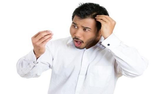 اشتباهاتی که به موهایتان آسیب می زند!