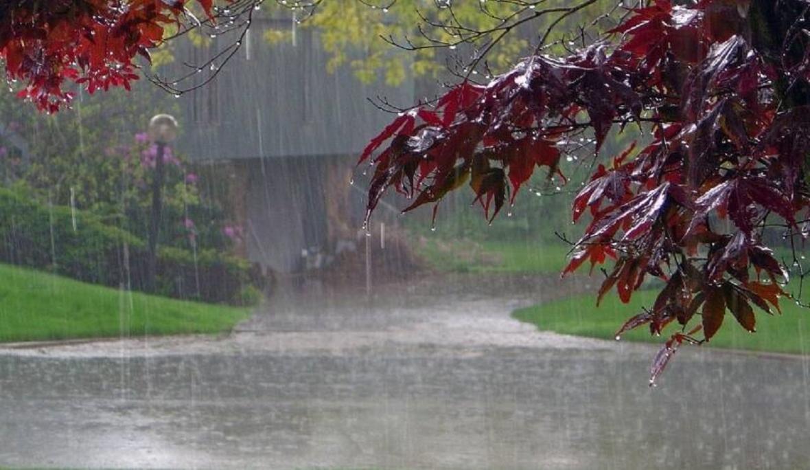رگبار باران و رعدوبرق در مناطق مختلف کشور