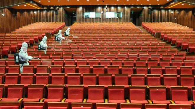 بازگشایی سینماها در چین، قوانین جدید: تماشای فیلم با ماسک، ممنوعیت خوردن در سالن