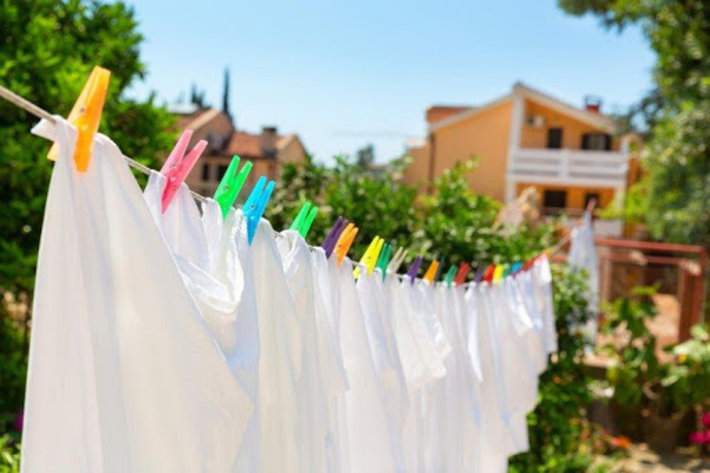 چطور لباس های سفید را سفید و تمیز نگه داریم؟