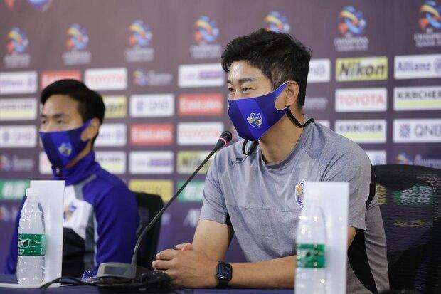 اظهارات سرمربی و بازیکن اولسان هیوندای درباره تقابل با پرسپولیس