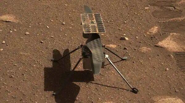 خبرنگاران بالگرد نبوغ فردا بر فراز مریخ پرواز می نماید