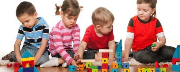 کارگاه بازی درمانی با رویکرد ترکیبی (متمرکز بر هیجان ها)