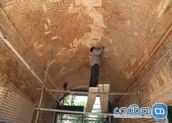 آغاز بازسازی سردر تاریخی گاراژ رحیمی در مرکز تهران