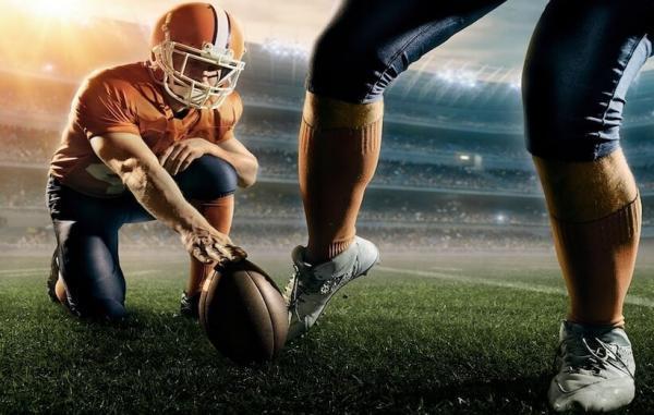 فوتبال آمریکایی چیست و چه تفاوت ها و شباهت هایی با فوتبال اروپایی دارد؟